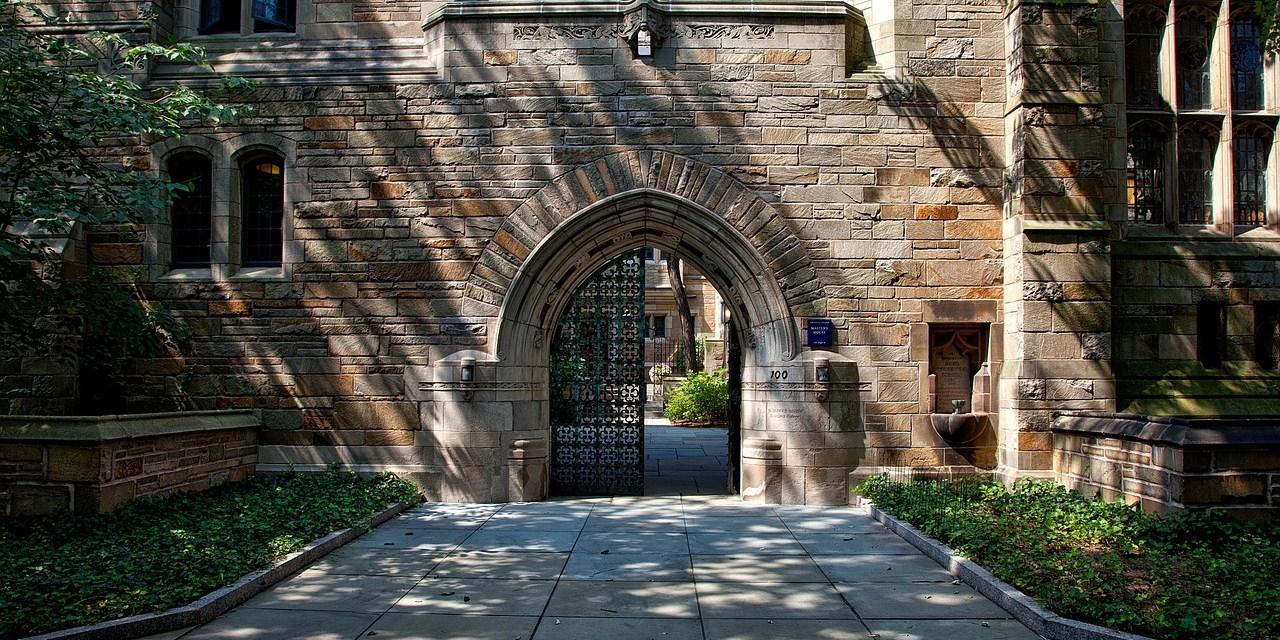 C'est le cours le plus populaire de l'université de Yale. On y apprend à être heureux.