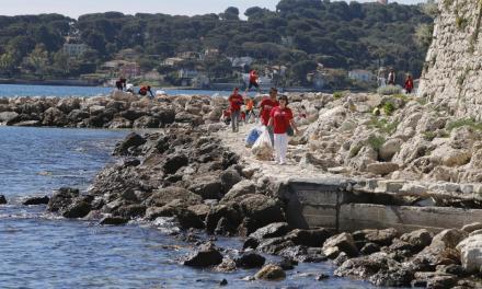 Côte d'Azur – 3.600 litres de déchets, 4.000 mégots… Voici ce qui a été ramassé sur une plage d'Antibes en une matinée