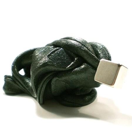 Plastilina Inteligente MAGNÉTICA Negro+Imán