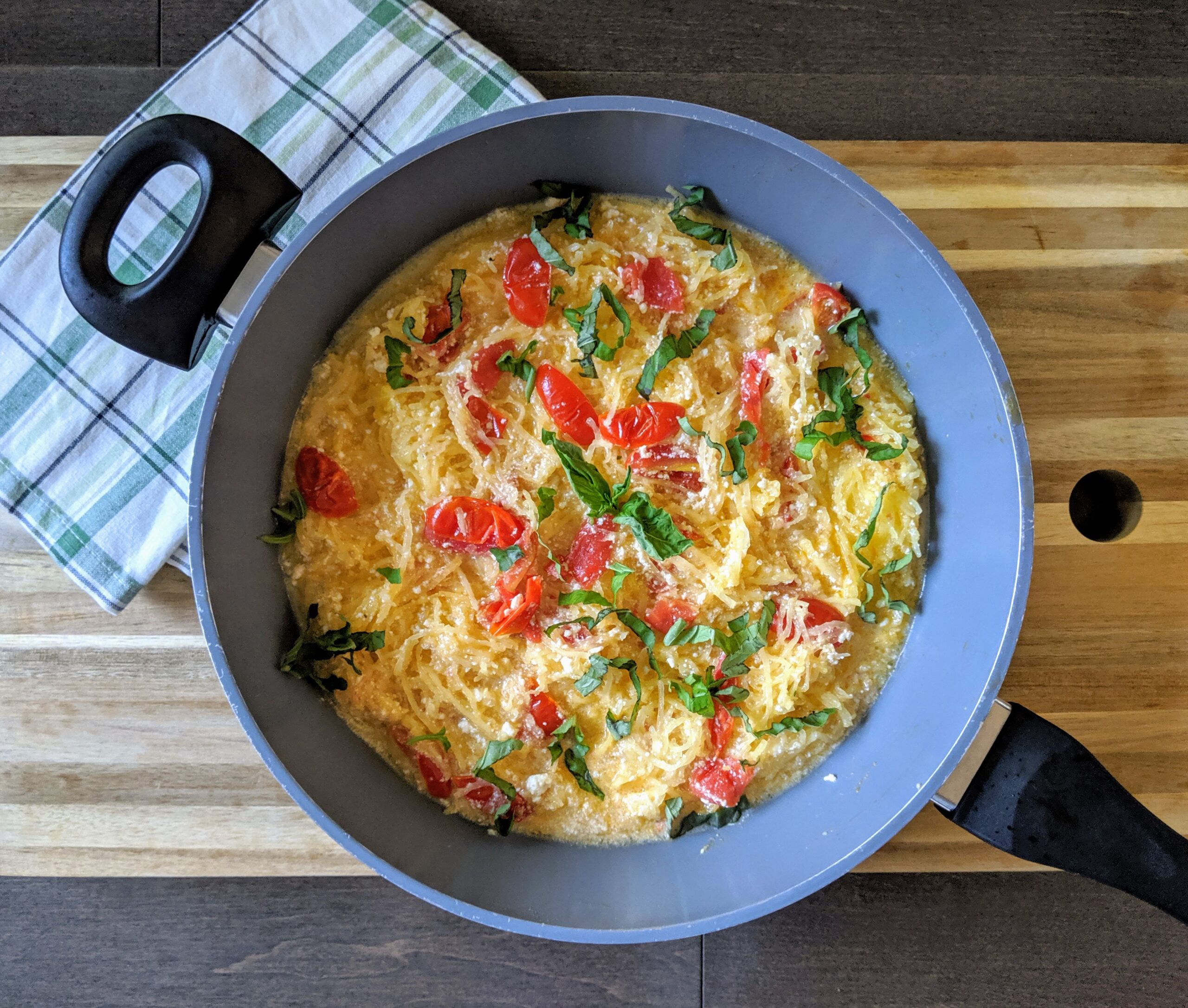 """""""Spaghetti"""" with Ricotta & Cherry Tomatoes (Gluten Free, Low-Carb)"""