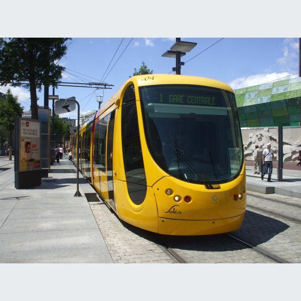 Arrt Gare centrale ligne 1 et 3  Tram de Mulhouse horaire tarif carte