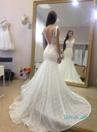 H1060 Sexy plunging neck low back lace mermaid wedding dress