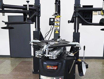 東洋精器工業 乗用車用タイヤチェンジャー「PIT ATHLETE-Ⅱ」