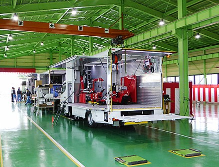 小野谷機工 ロードサービスカー工場完成