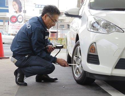 ブリヂストン「タイヤの日」に全国で2000人が安全啓発活動