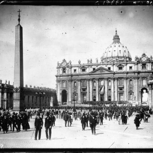 La canonisation de Jeanne d'Arc à Rome église Saint Pierre de Rome