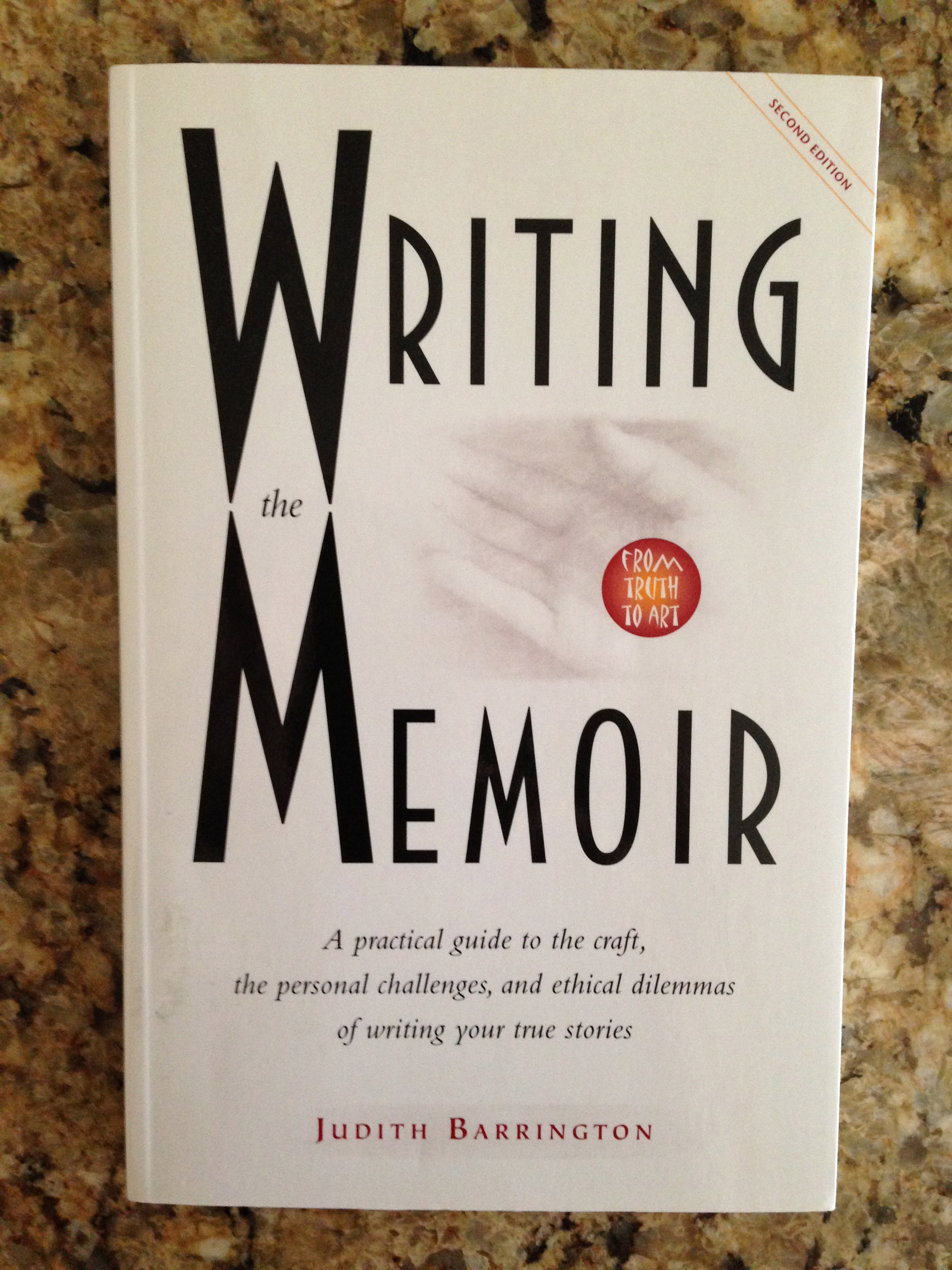 """Old Friend from Far Away: The Practice of Writing Memoir by Natalie  Goldberg: """"Through timed, associative, and meditative exercises, Old Friend  from Far ..."""