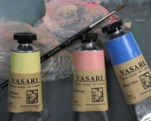 Vasari-with-brush