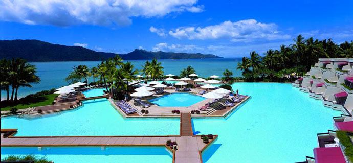 HAYMAN ISLAND RESORT  AUSTRALIA