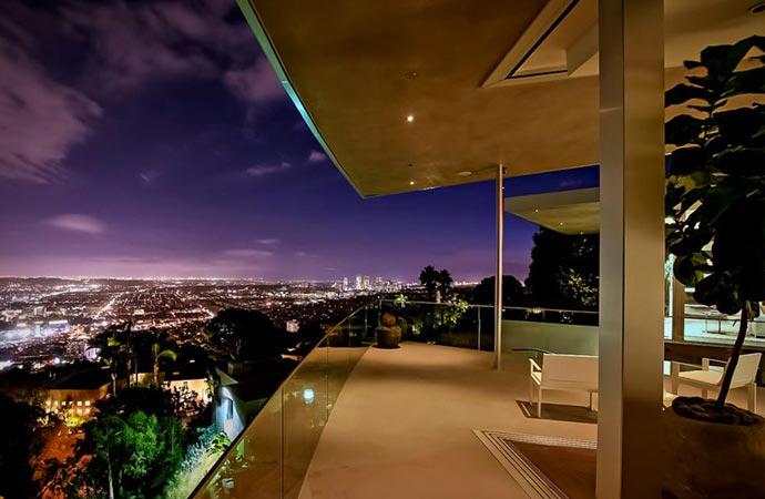 AVICIIS LOS ANGELES MANSION