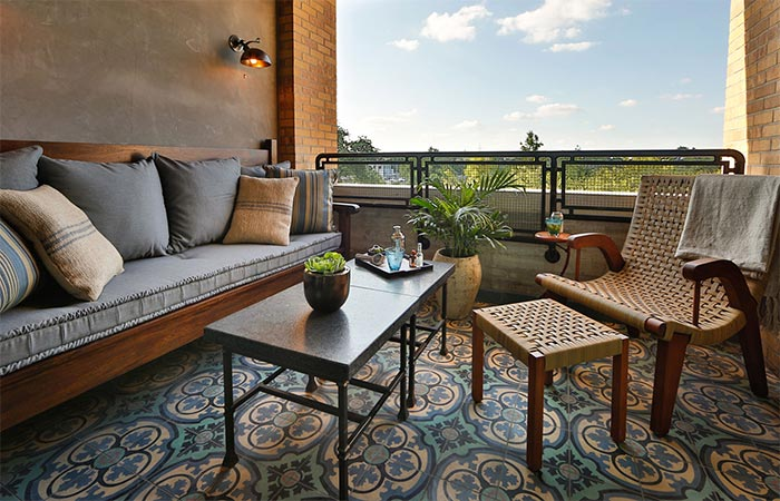 round dining chairs simply elegant chair covers and linens hotel emma in san antonio texas   jebiga design & lifestyle