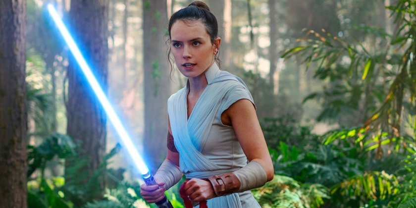 The Rise of Skywalker: Rey in training in the forest