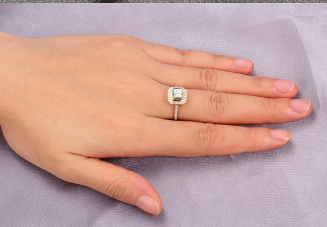 Lovely Halo Wedding Ring 100 Carat Princess Cut Diamond