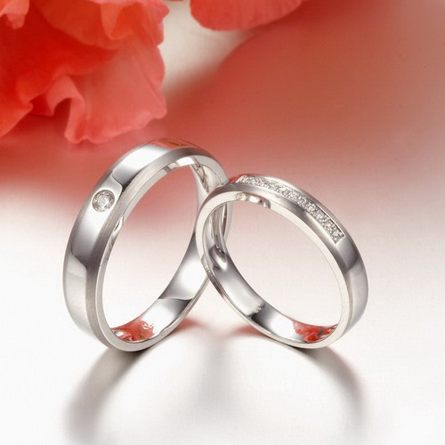 Inexpensive Matching Couples Diamond Wedding Ring Bands On