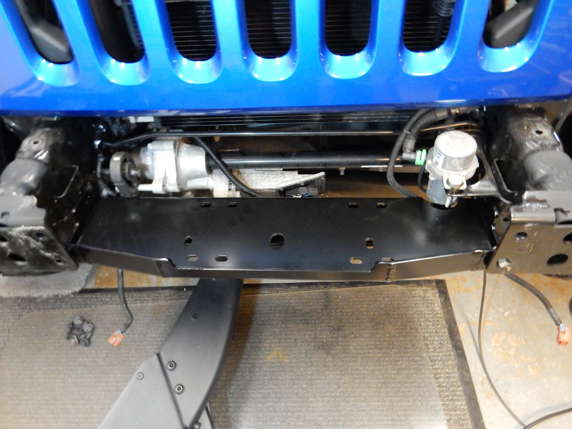 hight resolution of the maximus 3 winch plate is in place