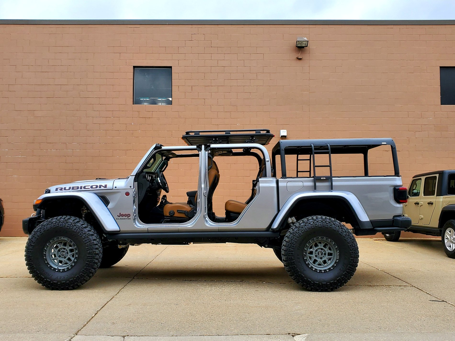 bed rack roof rack and rtt