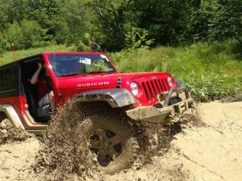 JeepWranglerOutpost.com-jeep-fun-b-16