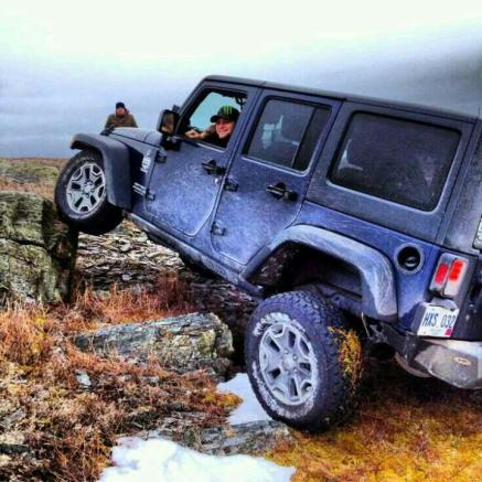 JeepWranglerOutpost.com-jeep-fun-b-17