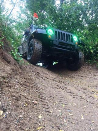 JeepWranglerOutpost.com-jeep-fun-f (98)
