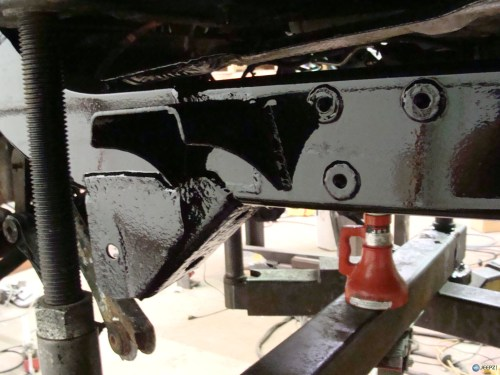 small resolution of company that rebuilds quot rusted quot jeep tj frame