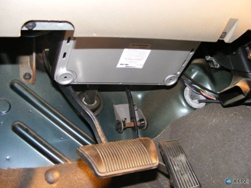 small resolution of skinny pedal jeep tj amp bracket amp mount jeep wrangler tj