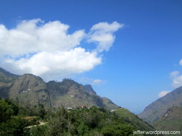 Approaching Poblacion, Bakun. There's Mt. Kabunian.
