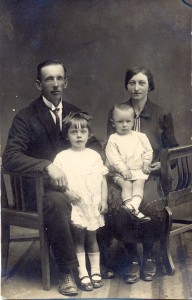 Janis and family circa 1930