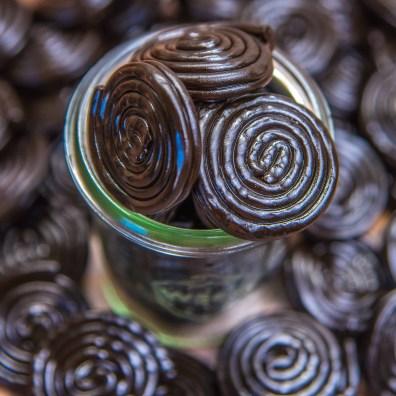 Packshot bonbons sucreries epicerie region cannoise photographe photo studio photographie produits