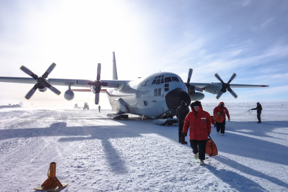 2012-11-13 McMurdo>Pole - DSC01895-1600-80