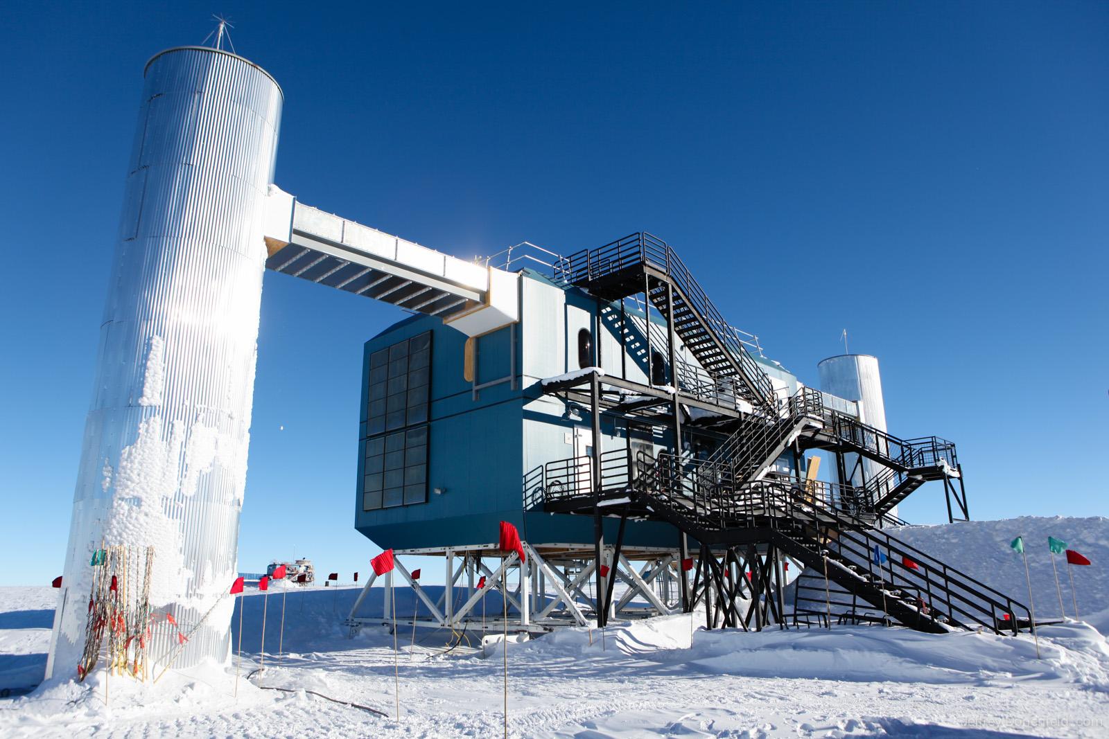 IceCube Neutrino Observatory in Antarctica Confirms ...Icecube Neutrino Observatory July