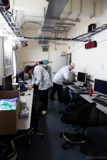 2012-11-16-ice-cube-observatory---img_0399-1600-80_8200191308_o
