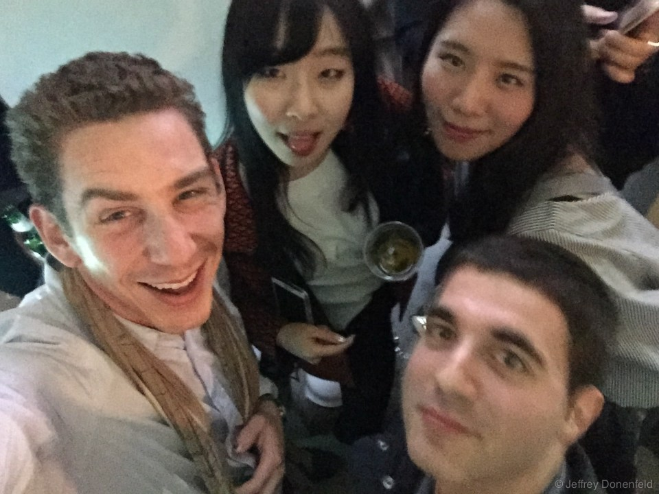 Partying with Eli and a couple fashionistas at Seoul Fashion Week.