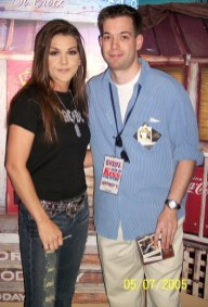 Country chicks are HOT! Here's Gretchen Wilson.
