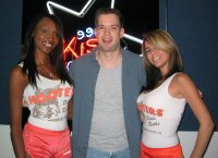 BJ & Cami from the Pembroke Pines Hooters gave me some lovin!