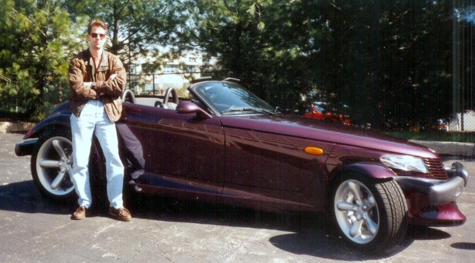 Yeah, I made the big bucks in Philly. (OK, OK...the car wasn't mine. Shut up!)