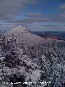 Photo of the Bigelow Mountain Range in Maine