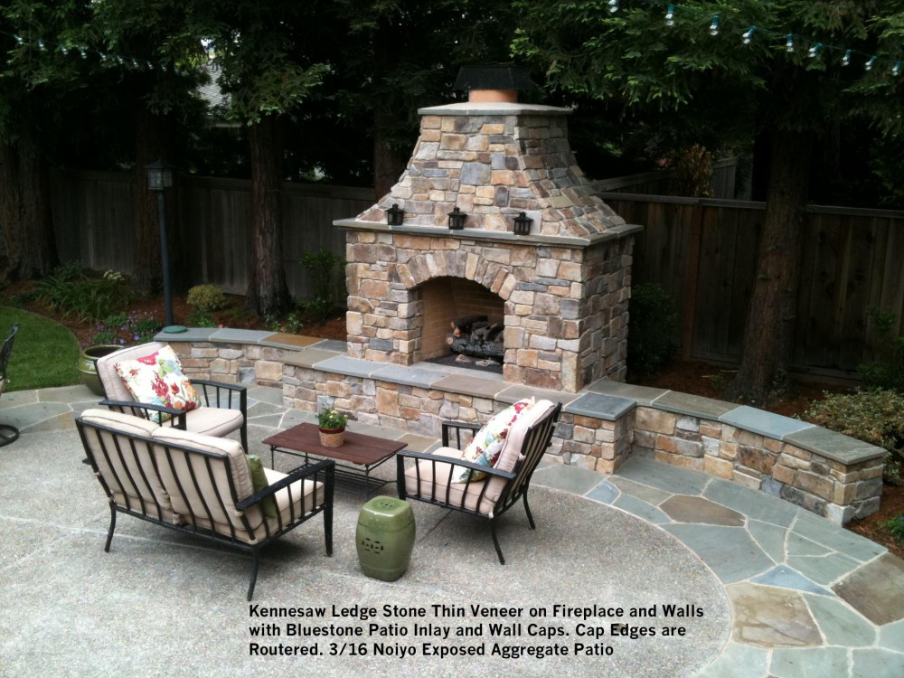 Kennesaw Ledge Stone Thin Veneer on Fireplace and Walls