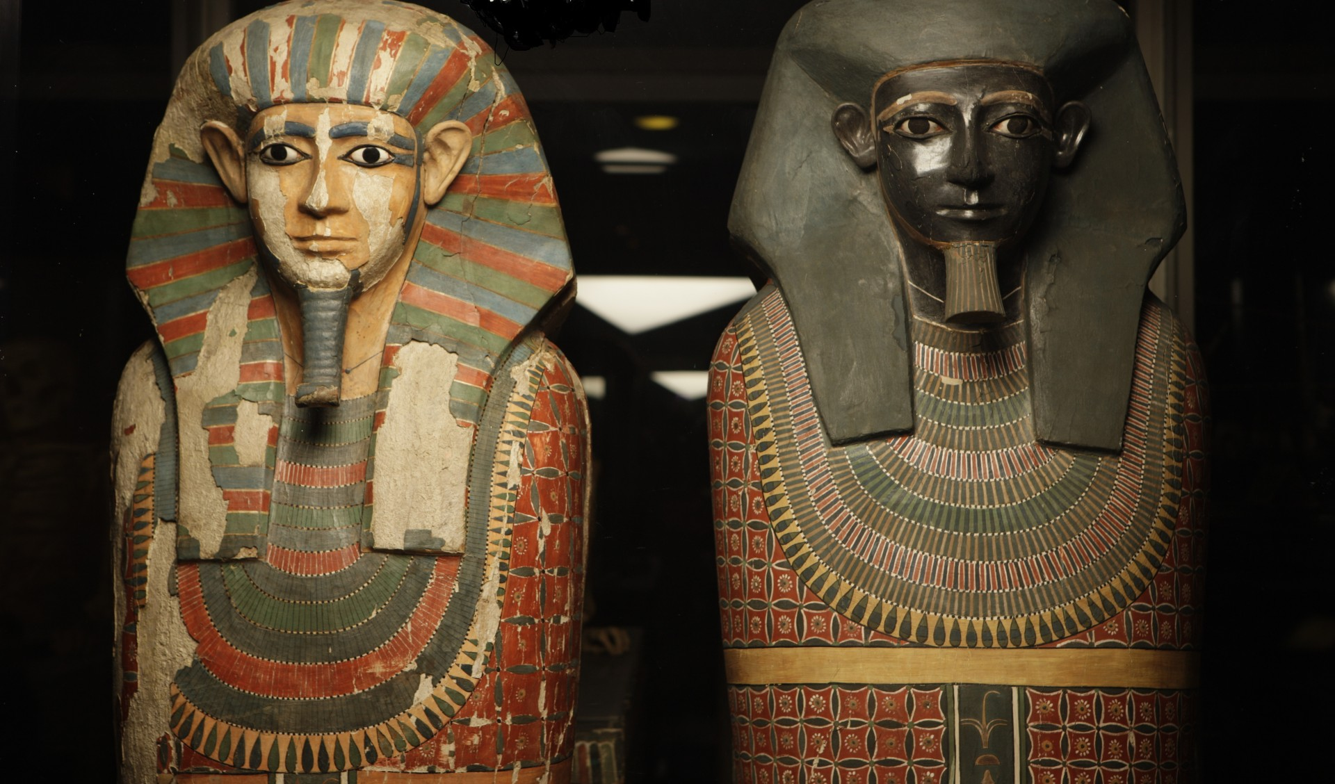 Mysterious 2,500 Year Old Mummies Found in Egyptian Well