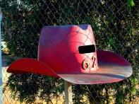 cowboy_hat_mailbox