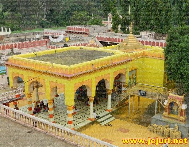 adimailar temple
