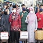 Plt Walikota Tanjungbalai Serahkan Bantuan Korban Kebakaran