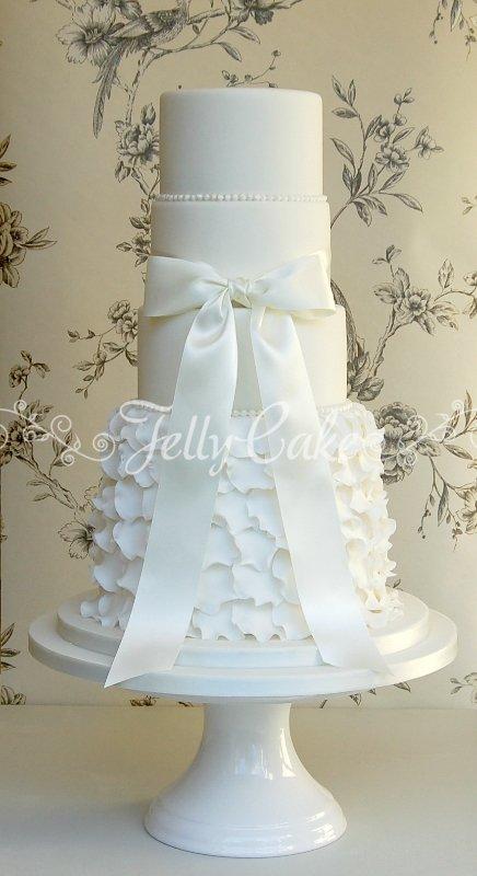5 Tier Frills Wedding Cake 7