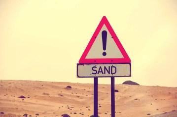 Signalisation dans les dunes Swakopmund