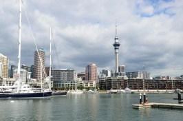 Sky Tower et marina Auckland Nouvelle Zélande