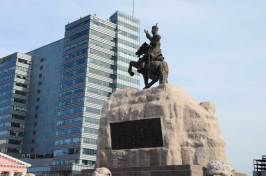 Statue place du parlement
