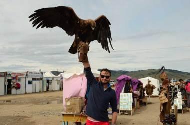 Porter l'aigle de Karakhorum