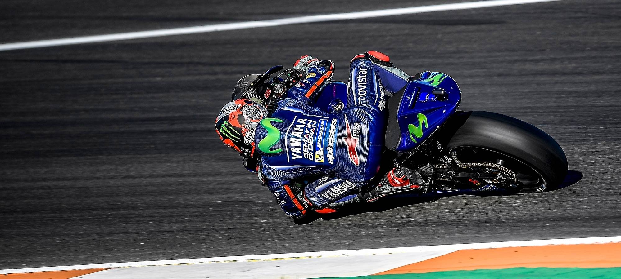 Maverci_Vinales_MotoGP_2018_Yamaha_team