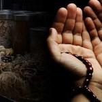 Jeng Ana Selalu Meracik Herbal Dengan Doa