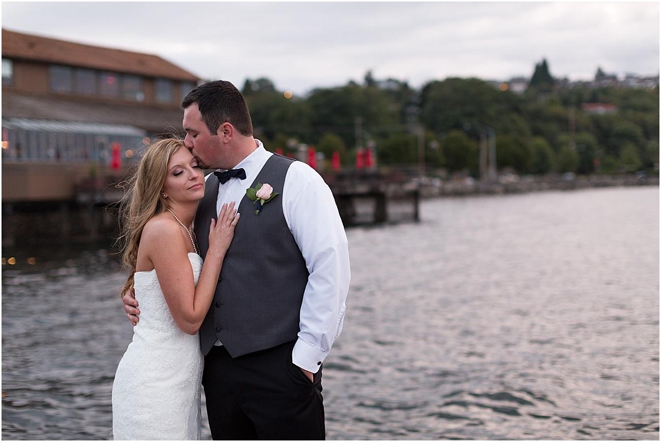 Thomas_Wedding_Weyerhaesure_Estate_Tacoma_Washington_10