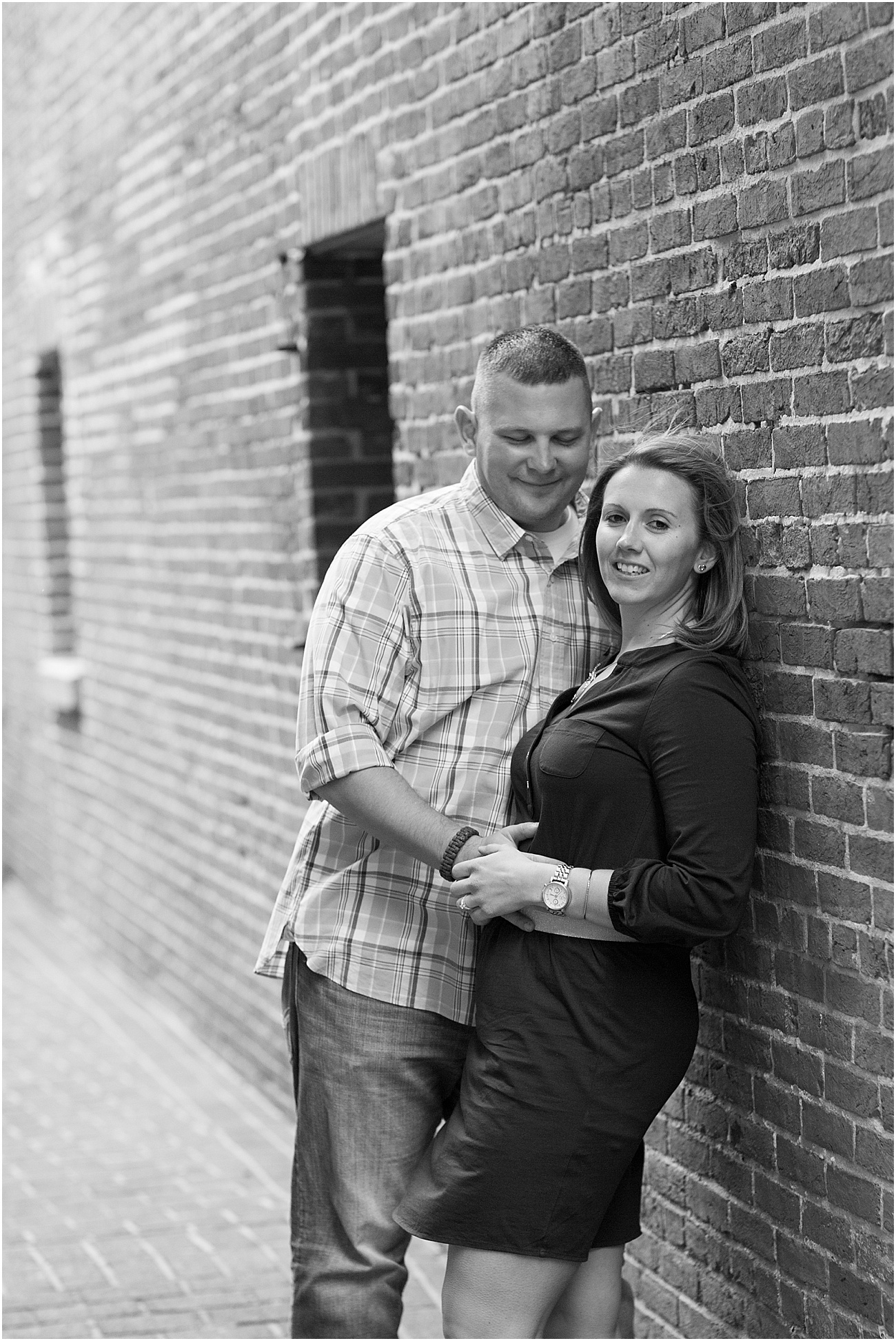 Fells_Point_Baltimore_Maryland_Engagement_Session_0024